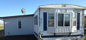 Mobile Home For Sale in Carlyle