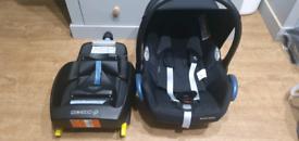 Maxi cosi cabriofix carseat and isofix base - like new