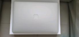 MacBook Air 2017, 13 inch.