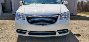 chrysler town country SAFETIED