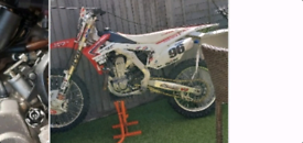 2015 crf 450 40hrs from new twin pipe *swap*