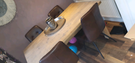 Barker and stonehouse table and chairs