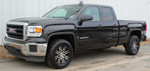 2015 GMC Sierra 4x4        Original Owner - Low Mileage!