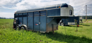 Horse trailer - PRICE REDUCED FIR FAST SALE!!