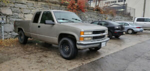 1998 Chevy Silverado 1500, 4x4, new winter tires!
