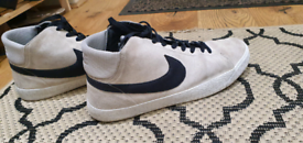 Nike Blazer Mid - Size 10 - great condition!