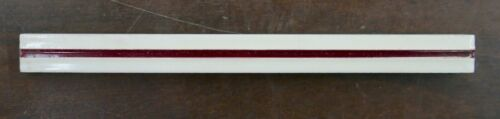 Vintage Tile Liner White with Maroon Stripe