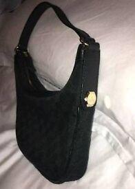 Prestige Genuine Gucci designer handbags men and women's very good condition