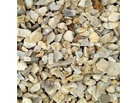 20 mm buff Flint garden and driveway chips/ stones/ gravel