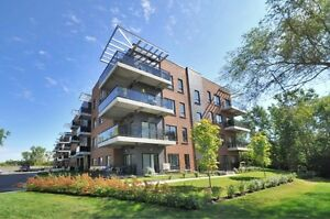 Pointe-Claire condo a louer 1 juillet/condo for rent available