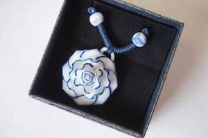 Ceramic Necklace peony white & blue Casula Liverpool Area Preview