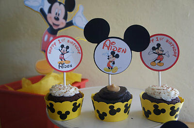 Yellow Cupcake Wrappers (Mickey Mouse (Yellow) Cupcake)