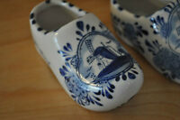 """Ceramic Holland Shoes, 5"""", windmill"""