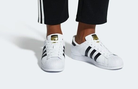 reputable site d28c6 d234c Superstar Shoes White / Core Black / Cloud White C77153 UK 8.5   in Crystal  Palace, London   Gumtree