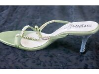 Green occasion sandals- open & heel