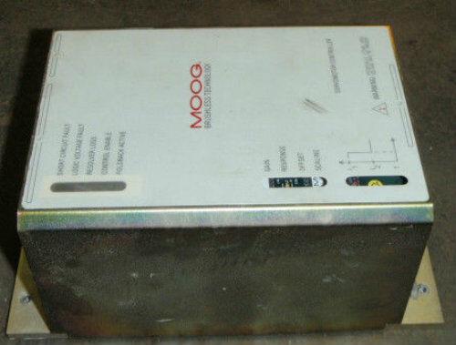 Moog Servo Motor Control Drive Controller Model # 152f423a Servomotor