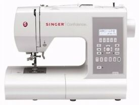 New & Boxed SINGER 7470 Confidence Electronic Sewing Machine unused, LCD screen & simple push-button