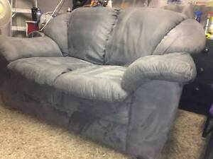 Grey Love seat - DELIVERY