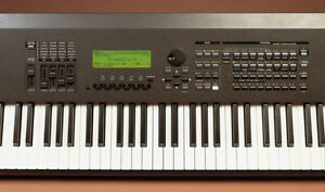 ELECTRIC PIANO - Yamaha S90 - NEW PRICE MUST GO - CAN TRADE-