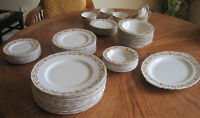 VINTAGE GRINDLEY TUNSTALL DISHES