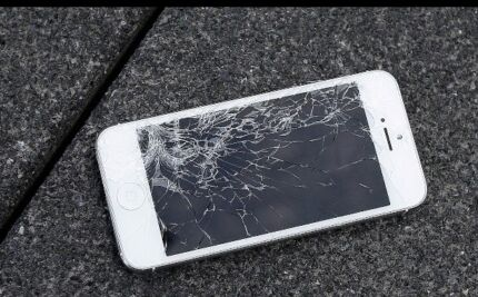 IPHONE SCREEN REPAIR SPECIAL DEAL ON YOUR SUITABLE TIME