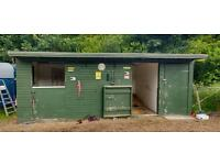 Double stable block with tack/feed room