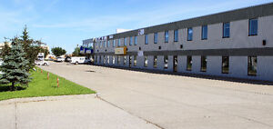 1815  Sq Ft Showroom/Warehouse Facing 178 Street FOR LEASE