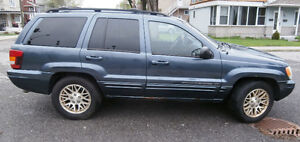 2003 Jeep Grand Cherokee Limited V8 VUS - For parts