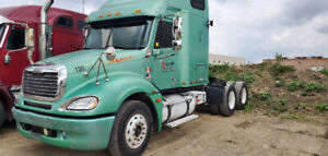 Freightliner Truck For Sale By The Owner | Kijiji in Ontario  - Buy