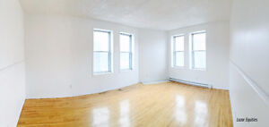 LARGE 4 Bed LOFT - Perfect for STUDENTS/LARGE FAMILIES! NDG