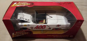 ULTRA RARE JOHNNY LIGHTNING STRIKE 1957 OLDS STOCK CAR 1/24 $250 Cambridge Kitchener Area image 2