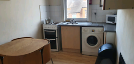 Room to rent (just off dewsbury rd)