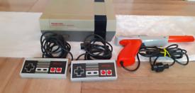 1985 Nintendo nes gaming system