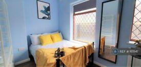 1 bedroom in Milne Street, Chadderton, Oldham, OL9 (#1115141)
