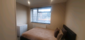 Ensuite room available 1st March ha1