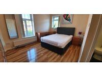 Bedrooms, EN SUITE,BILLS INC Sedgley, Heaton Park near metro link bus stop, city centre, amenaties