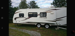 2011 Aerolite 28ft perfect condition (REDUCED)
