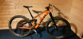 2018 Trek Slash 9.8 Carbon