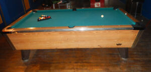 VALLEY COUGAR 4x8 COIN-OPERATED POOL TABLE