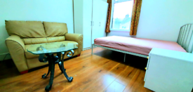 Double room for rent, furnished,bills included, 3mins to station