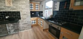 1 bed flat, Stockport, Close to centre transport all shops, amenaties, part furnished, Parking