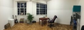Beautiful, inspiring studio and/or desk space for freelancer/artist/musician/teacher town centre