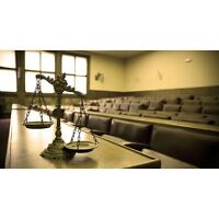 Lawyer: Litigation, Debt collection, Contracts, Wills & Estate,