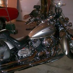 FOR SALE 2006 Yamaha V Star Silverado Classic Custom !!