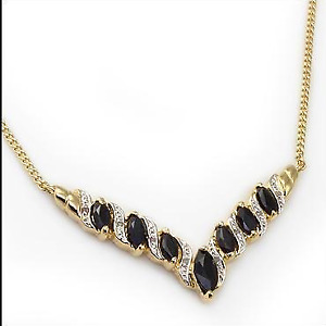 New Womens 18 Inch Designer Necklace For Sale