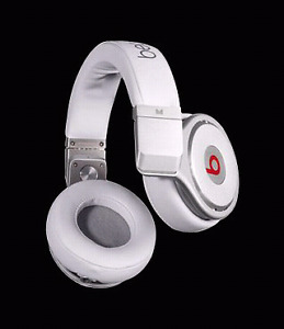 Beats pro headphones white