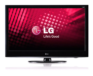 32 inch 1080p TV LCD LG brand TV from Costco