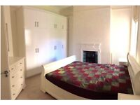 Lovely double room with massive storage to rent in Maida Vale (Little Venice, central london)