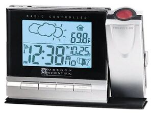 Oregon Scientific Projection Clock & Cable-Free Weather Forecast