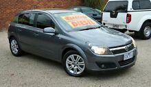 2006 Holden Astra AH MY06.5 CDTi Grey 6 Speed Manual Hatchback Upper Ferntree Gully Knox Area Preview